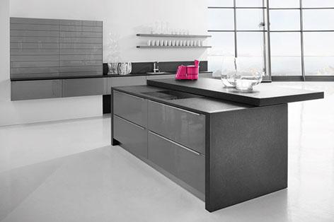 Tendencias cocinas h cker presenta nuevo tono gris lava for Muebles de cocina hacker